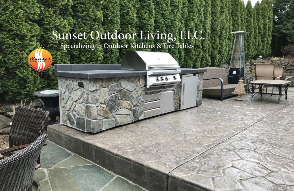 Happy Valley, Oregon - New custom outdoor kitchen by Sunset Outdoor Living, LLC